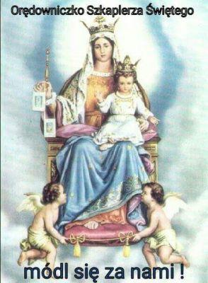 """Dzisiaj jest święto Matki Bożej Szkaplerznej. Z 15 na 16 lipca 1251 roku Najświętsza Maryja Panna ukazała się w Aylesford ówczesnemu generałowi karmelitów św. Szymonowi Stockowi, ofiarowując mu szkaplerz. Maryja powiedziała zakonnikowi, iż będzie to dla niego i karmelitów specjalnym przywilejem kto w szkaplerzu umrze, ten nie zazna ognia wiecznego. ***  Matka Najświętsza, dając nam szkaplerz (który może nosić każdy katolik), zapewnia przede wszystkim opiekę. Szkaplerz jest znakiem. Z jednej strony jest znakiem opieki Matki Bożej, z drugiej zaś jest znakiem naszej szczególnej przynależności do niej, naszego do niej nabożeństwa. Nie należy traktować szkaplerza jako jakiegoś """"amuletu"""", który automatycznie zapewnia nam zbawienie. Szkaplerz zobowiązuje nas do autentycznego życia chrześcijańskiego. Natomiast z drugiej strony jest jakby znakiem szczególnej opieki Matki Bożej. Więc jeśli go nosimy możemy czuć się ogarnięci szczególną jej opieką. I nosząc szkaplerz z czcią i szacunkiem możemy czuć się bezpieczni, gdyż on przypomina nam czyimi jesteśmy dziećmi, jaką mamy matkę. Wtedy szatan nie będzie miał do nas dostępu. Do takiego noszenia szkaplerza, za którym idzie w parze autentyczne życie chrześcijańskie, przypisane są łaski. Łaska szczególnej opieki Matki Bożej, łaska pomocy nadprzyrodzonej i przywileju sobotniego, który gwarantuje wybawienie z czyśćca w pierwszą sobotę po śmierci./strona przymierze z Maryją/"""