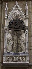 III 1108 Święci Czterech Koronatów Quattuor Coronati męczennicy Ilustracja Data i miejsce śmierciw IV wieku  Panonia[1] Czczeni przezKościół katolicki Wspomnienie8 listopada Patronirzeźbiarzy[2] Szczególne miejsca kultuBazylika Czterech Koronatów CommonsMultimedia w Wikimedia Commons Święci Klaudiusz, Nikostrat, Kastor i Symforian Klaudiusz, Nikostrat, Kastor i Symforian Przejdź do nawigacjiPrzejdź do wyszukiwania Święci Czterech Koronatów Quattuor Coronati męczennicy Ilustracja Data i miejsce śmierciw IV wieku  Panonia[1] Czczeni przezKościół katolicki Wspomnienie8 listopada Patronirzeźbiarzy[2] Szczególne miejsca kultuBazylika Czterech Koronatów CommonsMultimedia w Wikimedia Commons Święci Klaudiusz, Nikostrat, Kastor i Symforian, znani także jako Czterech Koronatów – święci Kościoła katolickiego i męczennicy chrześcijańscy.  Klaudiusz z towarzyszami padł ofiarą prześladowań chrześcijan za czasów cesarza Dioklecjana. Wraz z Nikostratem, Kastorem (Kastoriuszem) i Symforianem (Sempronianem) zginęli w Panonii utopieni w rzece za odmowę oddania hołdu bożkowi[2][3]. Po wydobyciu ciał im przypisywanych i pochówku ich kult rozwinął się w Rzymie. Do tej pory nie wyjaśniono w jakich okolicznościach do Czterech Koronatów dołączono męczennika Symplicjusza (Symplicjana).  Potwierdzenie kultu grupy męczenników znajdujemy w Sacramentarium Gregorianum i Martyrologium Hieronimiańskim. To ostatnie źródło łączyło męczenników z rzymskim wzgórzem Celius gdzie dokonano translacji ich relikwii z ad Duas Lauros.  Liczne są przykłady ikonografii poświęconej Czterem Koronatom.  Wspomnienie liturgiczne w Kościele katolickim, obchodzone jest 8 listopada.
