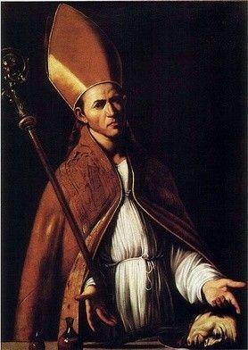 IV 0919  św. January W przepięknej katedrze, położonej przy jednej z ruchliwych ulic Neapolu, znajduje się kaplica, w której przechowywane są niezwykłe relikwie – dwie starożytne ampułki z krwią świętego Januarego.  W rocznicę męczeństwa Świętego, 19 września (czasem także w pierwszą niedzielę maja i 16 grudnia), wierni mogą zaobserwować niecodzienne zjawisko: krew zmienia swoją konsystencję. Zastygłe relikwie na krótki czas stają się płynne.  Ks. Arkadiusz Wuwer, wykładowca na Wydziale Teologicznym Uniwersytetu Śląskiego, był dwanaście lat temu w Neapolu podczas cudu. – W głównej części katedry sprawowana była wówczas Eucharystia, następował właśnie moment przeistoczenia – opowiada kapłan. – W tym samym czasie tłum modlił się w bocznej kaplicy, gdzie znajdują się relikwie. Nagle jeden z mężczyzn zaczął gwałtownie machać ręką. Zrobiło się poruszenie – jedni głośno wołali, inni mdleli. Wielu uczestników Mszy, mimo napomnień celebrującego ją księdza, pobiegło w stronę kaplicy…  To prawda, że kult patrona Neapolu przybiera czasem formy skrajne. Niektórzy komentatorzy dostrzegają w nim elementy pogańskie. Podobno brak cudu w danym roku jest dla neapolitańczyków zwiastunem nieszczęścia. Powszechne, choć chyba trochę przesadzone, są opowieści o złorzeczeniu pod adresem Świętego, jakie ma towarzyszyć spóźnianiu się cudu. – Taka jest natura mieszkańców tego regionu – tłumaczy ks. Wuwer. – To miejsce, gdzie bardzo intensywnie przeżywa się miłość i śmierć. Ludzie gwałtownie rzucają się w jedno i drugie. Są tradycyjni, konserwatywni w wyborach moralnych, ale bardzo często ulegają pasjom.  Warto jednak zwrócić uwagę na fakt, że okolice Neapolu są prawdziwą kopalnią świętych. Tutejsze chrześcijaństwo rzeczywiście wyrosło na krwi męczenników. Sam January był biskupem Benewentu. W 305 r., podczas prześladowania chrześcijan za cesarza Dioklecjana, udał się do więzienia, by pocieszyć aresztowanego diakona Sozjusza. W tej wyprawie towarzyszyli mu diakoni: św. Festus i św. Dezyderiusz