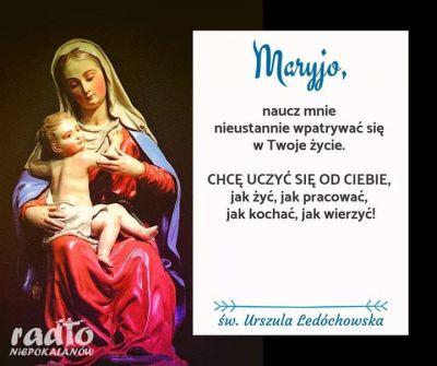 Ponieważ Maryja zna Chrystusa najlepiej, najbardziej Go kocha. Ich serca tworzą jedno, właśnie Ona może nam pomóc lepiej poznać Chrystusa, bardziej Go kochać i wierniej Mu służyć. Poświęćmy się Matce Bożej! Ona będzie nas uczyć i pomagać nam myśleć, mówić, postępować, kochać, milczeć, modlić się, nieść krzyż jak Jezus i jak Ona sama. Ona przemieni nasze serca, jeżeli będziemy żyć w jedności z Nią, co więcej, da nam własne serce, abyśmy mogli przez nie doskonalej kochać Jezusa. ks. Johannes Gamperl / Czas Serca /