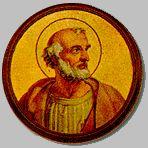 1110 ---------------------------- Św. Leon Wielki, papież, urodził się około 400 roku w Tuscji. Papież Celestyn I mianował go archidiakonem. Kiedy przebywał jako legat w Galii, został obrany papieżem (440). Jego pontyfikat przypadł na czasy licznych sporów teologicznych i zamieszania pośród hierarchii kościelnej. Musiał zwalczać liczne herezje oraz tendencje odśrodkowe, podejmowane przez episkopaty Afryki Północnej, Galii. Poprzez swoich legatów brał udział na soborze w Chelcedonie (451). Przeprowadził uznanie prymatu stolicy Piotrowej zarówno przez cesarza zachodniego Walentyniana III, jak i przez Konstantynopol. Bronił Italię i Rzym przed najazdami barbarzyńców. Wyjechał naprzeciw Attyli, króla Hunów i jego wojskom, wstrzymał ich marsz i skłonił do odwrotu (452). W trzy lata później podjął pertraktacje ze stojącym u bram Rzymu Genzerykiem, królem Wandalów Niestety król nie dotrzymawszy umowy złupił Wieczne Miasto. Papież był obrońcą kultury zachodniej. Zmarł 10 listopada 461 roku. Zachowało się po nim 200 listów i 100 mów wygłoszonych do Rzymian podczas różnych świąt. Pozwalają one poznać wiedzę teologiczną papieża oraz ówczesne życie liturgiczne. Pochowany w bazylice św. Piotra na Watykanie. W roku 1754 Benedykt XIV ogłosił go doktorem Kościoła. Patron muzyków i śpiewaków.  W IKONOGRAFII św. Leon Wielki przedstawiany jest w szatach papieskich i w tiarze, czasami w szatach liturgicznych rytu wschodniego lub jako papież piszący. Jego atrybutami są: księga, kielich oraz orszak z półksiężycem, któremu zastępuje drogę.