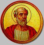 16 styczeń - Pontyfikat św. Marcelego I trwał krótko od maja 306 roku do 16 stycznia 309. Zreorganizował rozbitą w wyniku prześladowań administrację kościelną. Dużo przykrości doznał ze strony tzw. lapsi chrześcijan, którzy w czasie prześladowań wyrzekli się wiary, a potem powracając do Kościoła nie chcieli poddać się wymaganym warunkom pokuty Papież został aresztowany na rozkaz cesarza Maksencjusza. Obito go rózgami, a następnie zesłano na wygnanie, gdzie umarł w nędzy Patron Raciborza oraz stajennych. Według panującej opowieści, w dzień Świętego 16 stycznia 1241 roku Tatarzy oblegli miasto Racibórz. Wówczas pojawił się na obłokach św. Marceli. Oddziały przelękły się tego niezwykłego widoku i odstąpiły od miasta. Wdzięczni mieszkańcy ufundowali figurę Papieża w kaplicy i na miejskim placu.  W IKONOGRAFII św. Marceli przedstawiany jest w stroju papieskim. Jego atrybutami są: dyscyplina, konie przy żłobie, osioł.