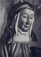 24 marca 2020wtorek Rok liturgiczny: A/II IV Tydzień Wielkiego Postu --------------- Katarzyna Szwedzka ------------ Urodziła się w 1331 roku. Była córką świętej Brygidy Szwedzkiej i należącego do książęcego stanu Ulfa Gudmarssona.  W dzieciństwie oddano ją na wychowanie do cysterskiego klasztoru w Riseberg. W 1345 roku wyszła za mąż za szlachetnie urodzonego Eggarda Lyderssona, z którym wieść miała nad wyraz wstrzemięźliwe życie – oboje złożyli dozgonne śluby czystości.  Około roku 1350, za zgodą swego małżonka wyjechała do Rzymu, w celu uzyskania odpustu zupełnego, a także, by pomóc swej matce przy pracach związanych z zakładaniem zgromadzenia brygidek.  Razem z nią udała się także na pielgrzymkę do Ziemi Świętej. Niedługo po powrocie z tej wyprawy Brygida zmarła. W 1374 Katarzyna powróciła do Szwecji, gdzie przywiozła relikwie swej matki, w rok później zaś została przełożoną pierwszego klasztoru brygidek w Skandynawii – w miejscowości Vadstena.  Przez całe swe życie – przede wszystkim z polecenia szwedzkiego dworu królewskiego - czyniła starania, by Brygidę uznać za świętą oraz by zakon jej matki uzyskał papieską aprobatę. Matkę uznano za świętą w 1391 roku - kult zmarłej 24 marca 1381 Katarzyny, został zaś zatwierdzony w 1484 roku.  W ikonografii najczęściej przedstawia się ją jako pątniczkę w habicie brygidek z lilią w dłoni i jeleniem przy boku. Zgodnie bowiem z legendą, pewnego razu, gdy Katarzyna odbywała pielgrzymkę, miał napaść na nią w leśnej gęstwinie mężczyzna - rzekomo rycerskiego stanu - który, niczym sienkiewiczowski Bohun, chciał ją porwać i siłą zmusić do małżeństwa. Wówczas to na jego drodze pojawił się jeleń, który uniemożliwił mu te zamiary, ratując Katarzynę z opresji.  Jej wstawiennictwo chronić ma przed poronieniami i przedwczesnymi porodami. Wzywa się ją także podczas zagrożeń powodziowych, a to w związku z inną legendą, która głosi, iż to właśnie gorliwe modlitwy Katarzyny sprawić miały, że w XIV wieku nie doszło do wylania wzbierających wó